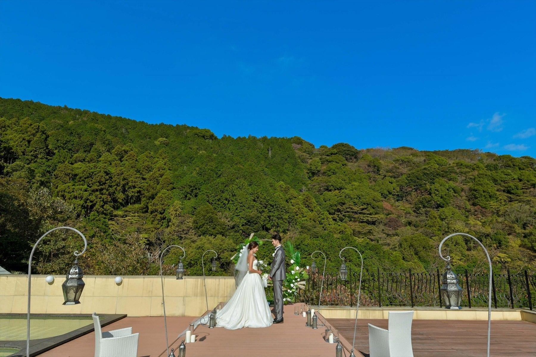 静岡県熱海結婚式 静岡挙式会場全景 プライベートウェディング