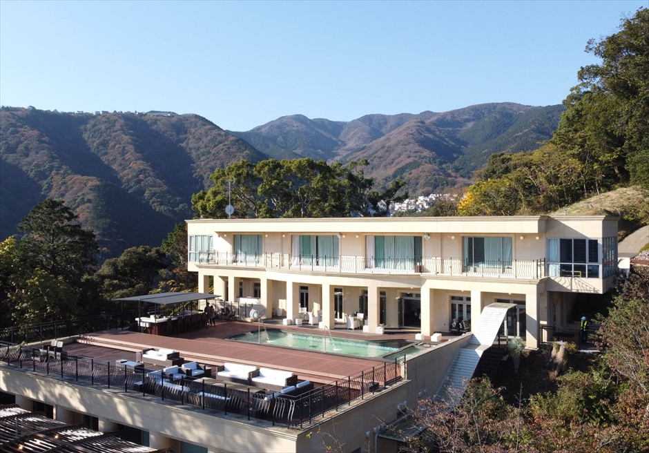 静岡県熱海結婚式会場 邸宅挙式会場全景 スモールウェディング